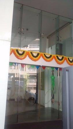 Hotel Kohinoor Elite: A 'Diwali' welcom