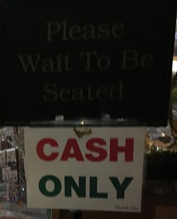 Lakewood, CA: Cash-only