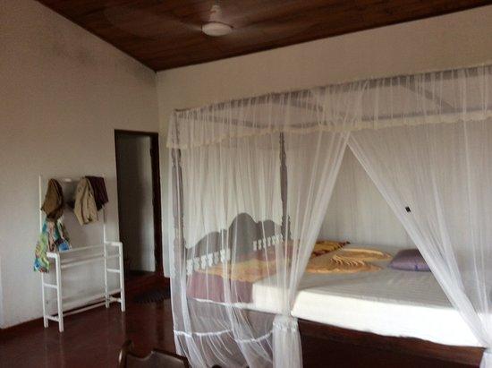 Frangipani Motel Photo