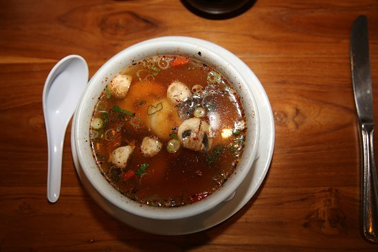 North MIAMI Beach. Rest. Oishi Thai. Tom Yam Kung Soup (Spicy schrimp soup with lemongrass).