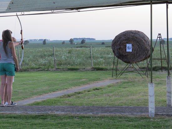 Trinidad, Uruguay: Tiro al blanco y tiro con arco y flecha.