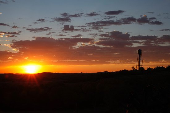 Richardton, ND: Sunrise, September 2015