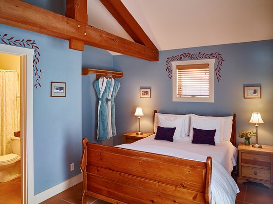 The Alpine House Lodge & Cottages: Original Queen room