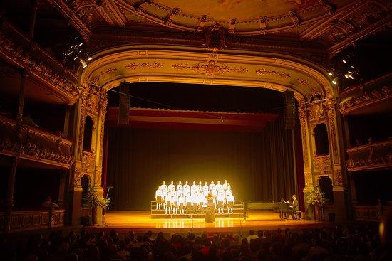 Teatro Nacional Costa Rica: Choir contest