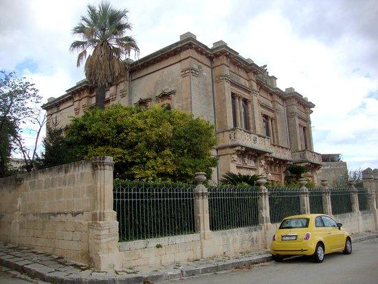 Palazzo Arezzo di Trifiletti