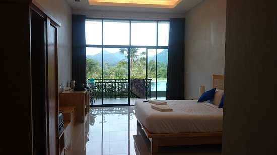 Takhun Mountain View Hotel