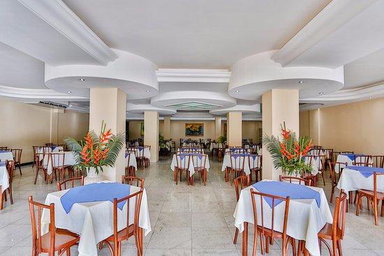 Nauticomar All Inclusive Hotel & Beach Club: Restaurante Mundi