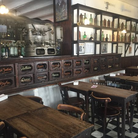 Bar Plaza Dorrego San Telmo: photo0.jpg