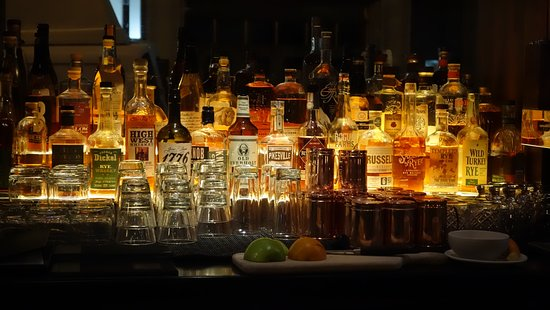 Red Star Tavern: Nice selection of Bourbon