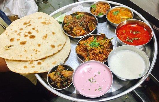 chittus rasoi kolhapur restaurant bewertungen telefonnummer fotos tripadvisor
