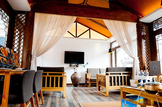 Lijiang Emerald Boutique Hotel  Updated 2017 Reviews. Utopia Hotel And Spa. Bilderberg Hotel De Bovenste Molen. Emerald Beach Resort And Spa. Hotel Maasberg Therme. Southern Blue Apartments. Mahogany Hotel And Residence. Hotel Miramonti. Hotel Lyskirchen