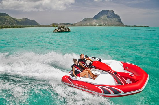 Rivière Noire: Come and enjoy the very new Seakart 335 at Fun Adventure Mauritius