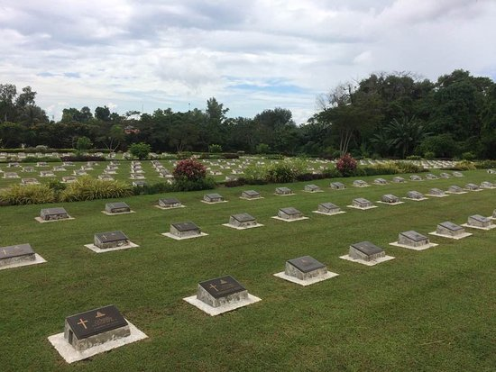 Labuan War Cemetery: Photo of part of cemetary
