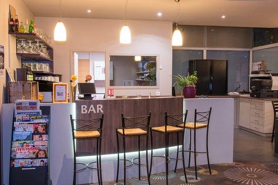 brit hotel tours sud le cheops jou l s tours france voir les tarifs et 70 avis. Black Bedroom Furniture Sets. Home Design Ideas