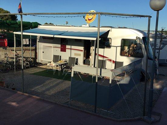 Camping el jardin campello spanyolorsz g rt kel sek for Camping el jardin alicante