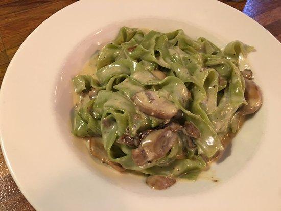 spinach tagliatelle cream and cheese+mushrooms