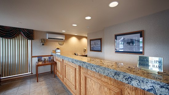Best Western Plains Motel: Front Desk
