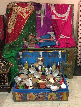 Women S Handicrafts Centre Abu Dhabi 2019 All You Need To Know