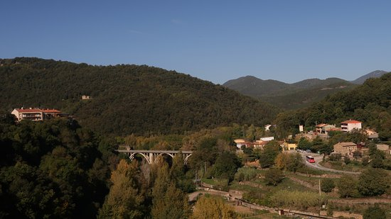 Кастельфолит-де-ла-Рока, Испания: Views