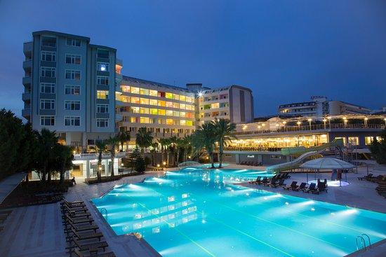 Club & Hotel Karaburun
