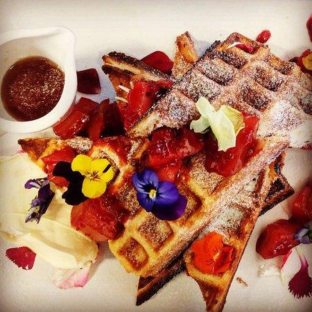 Belmont, Australia: Waffles