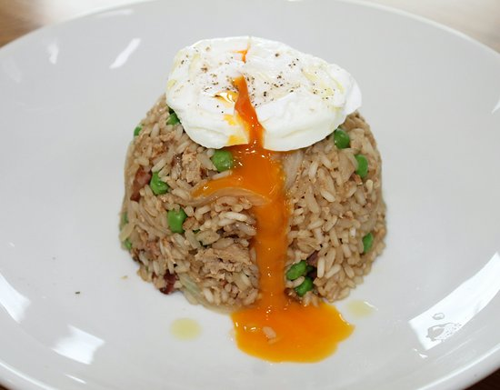 Stranraer, UK: Smoked back bacon & pea savoury rice, poached egg,,,