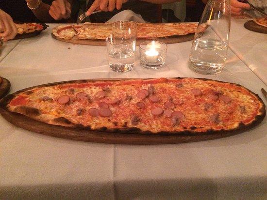 Каримате, Италия: Pizza Wurstel e Salsiccia