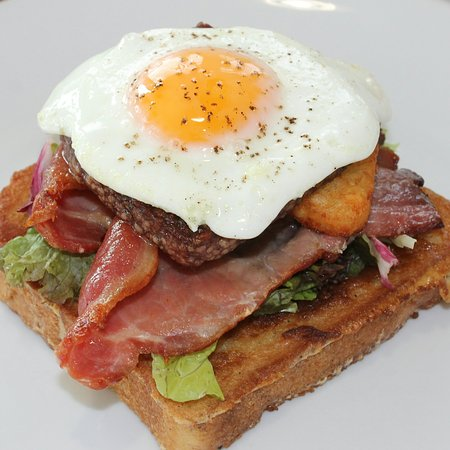 Stranraer, UK: French toast, bacon, Lorne sausage, hash brown, fried egg,,,