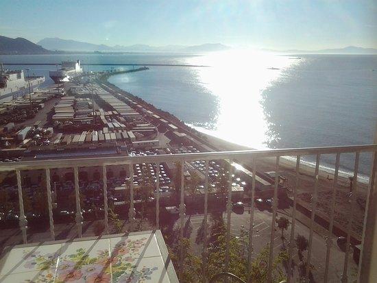 โรงแรมลอยด์ ไบอา: Vista dalla camera bellissimo panorama