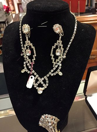Fort Cumberland Emporium has some awesome vintage jewelry.