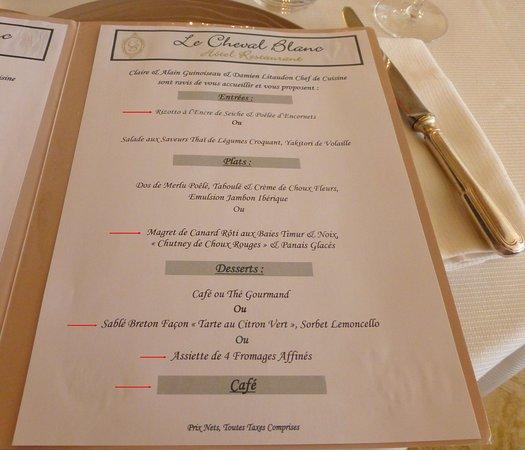 Bléré, France : Notre menu (fléché en rouge)