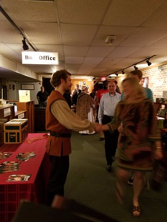 The Shakespeare Tavern Playhouse: Meet and greet after the show