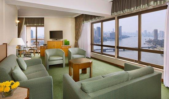 Ramses Hilton: Executive Suite