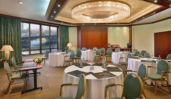 Ramses Hilton: Pellican Room