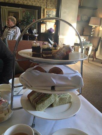 Ottershaw, UK: Afternoon Tea