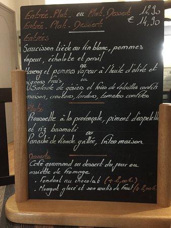 Flers, France: Café gourmand et le menu du midi