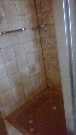 Hotel Restaurant Bären: Dusche