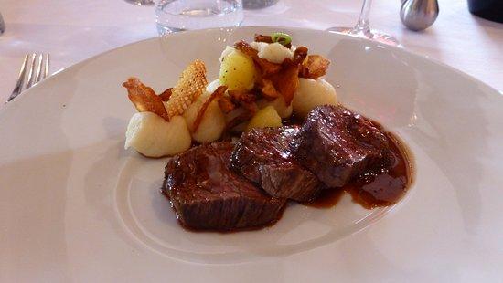 Savonnieres, Prancis: Merlan de bœuf Houmous...