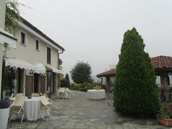Neviglie, İtalya: территория