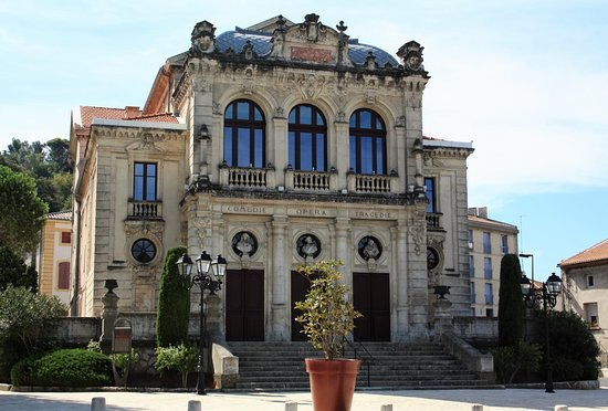 Orange, France: Het gebouw voor schone kunsten