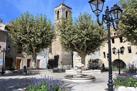 Orange, France: De Notre Dame van St. Nazareth