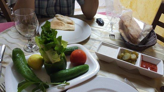 Bu Tafish Seafood Grills Restaurant Abu Dhabi