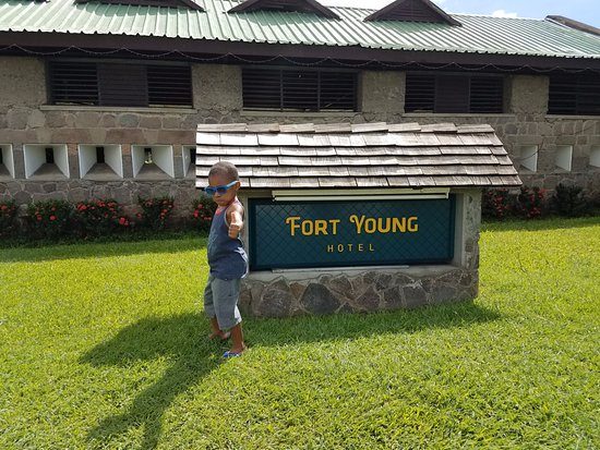 Fort Young Hotel: Thumbs up