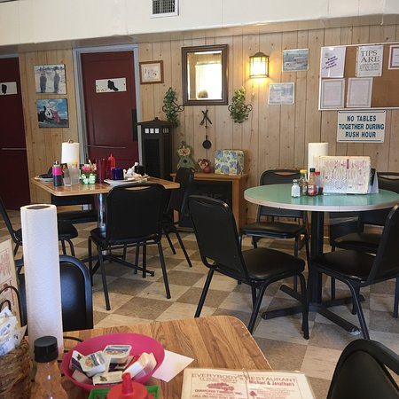 "Baldwin, FL: It's called Everybody's Restaurant"" and is like stepping back into 1950, but in a good way. Quai"