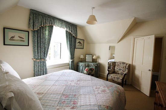 Uley, UK: Master bedroom at Woodwells