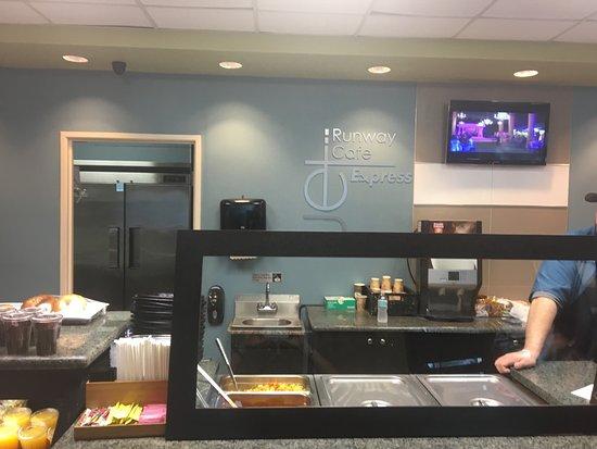 Jet Runway Cafe Reviews