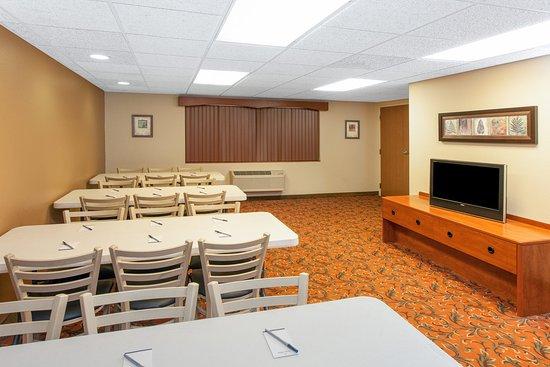 Greenville, MI: Meeting Room