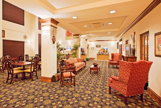 Lucedale, MS: Guest Dining Lounge