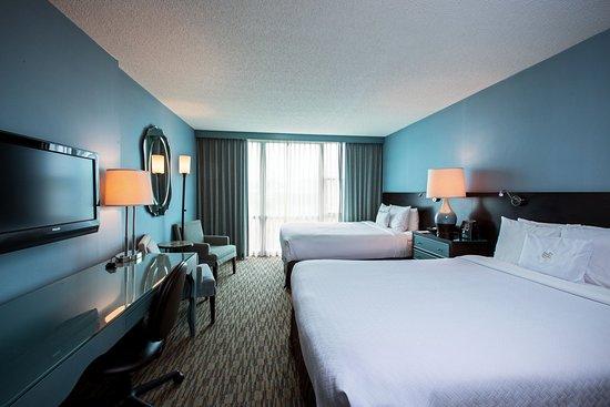 Glen Ellyn, Илинойс: Double Bed Guest Room