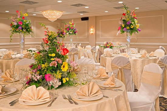 Hasbrouck Heights, NJ: Catering-Holiday Inn-Meadowlands,NJ